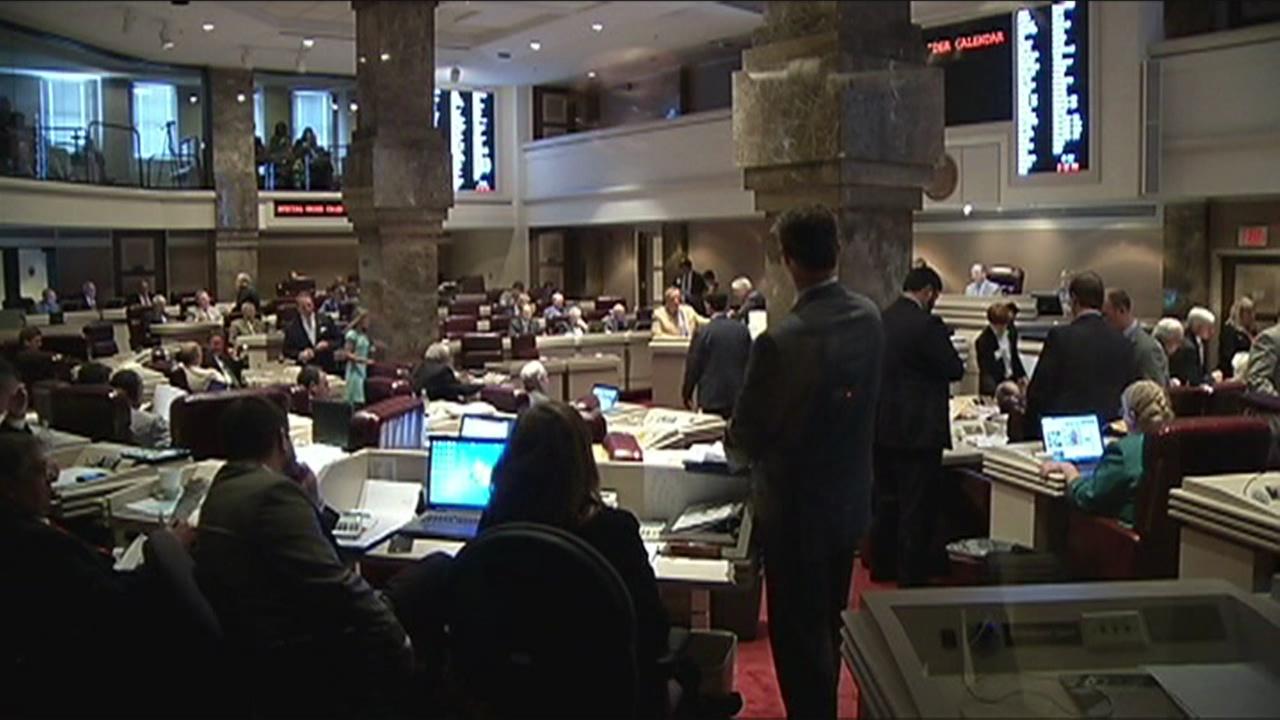 Alabama approves slashed budget
