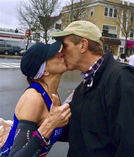 Boston Marathon Mystery Kiss_97132