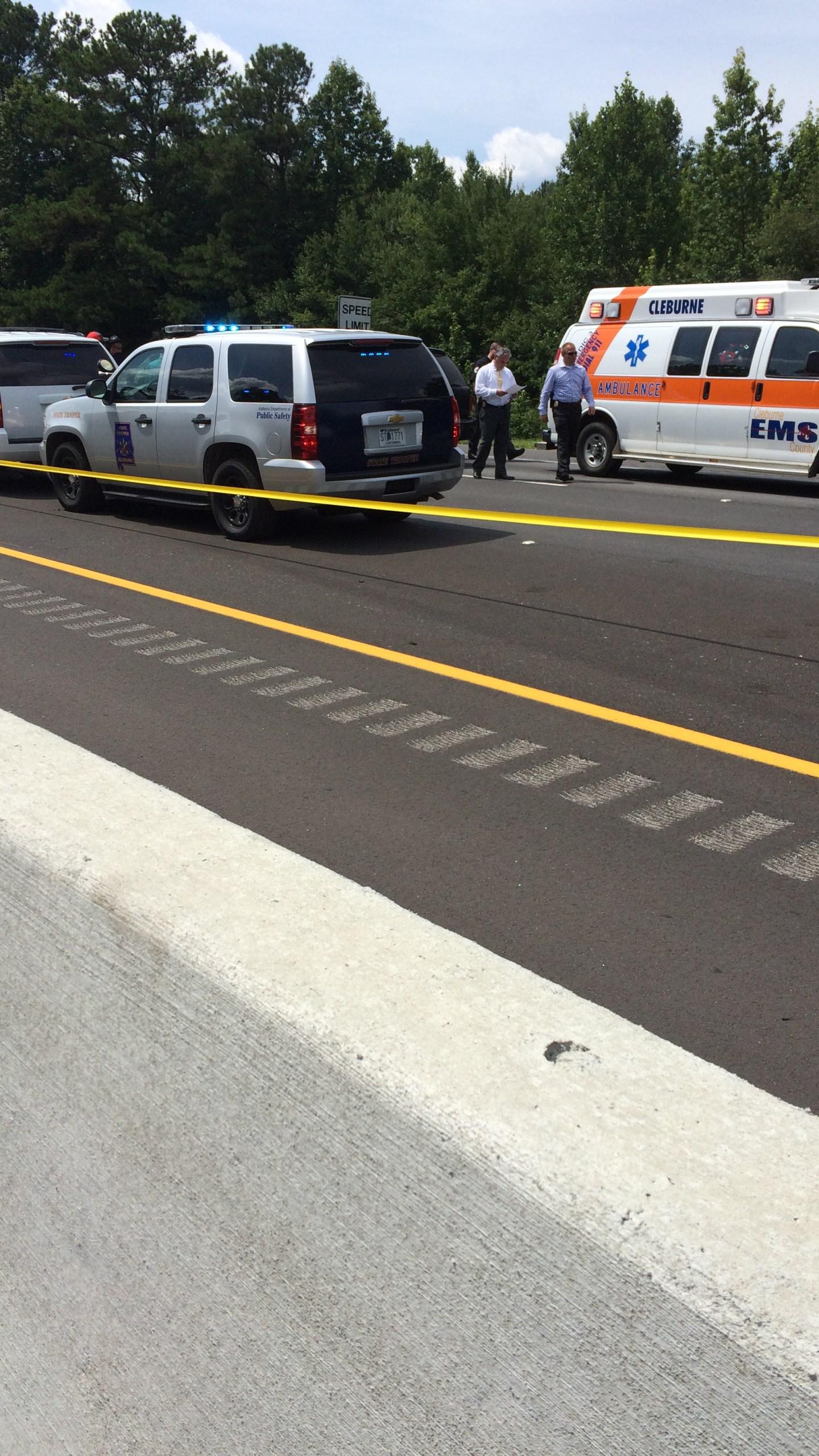 murder-suicide car scene ALabama Cleburne County 1-20 Georgia_107590