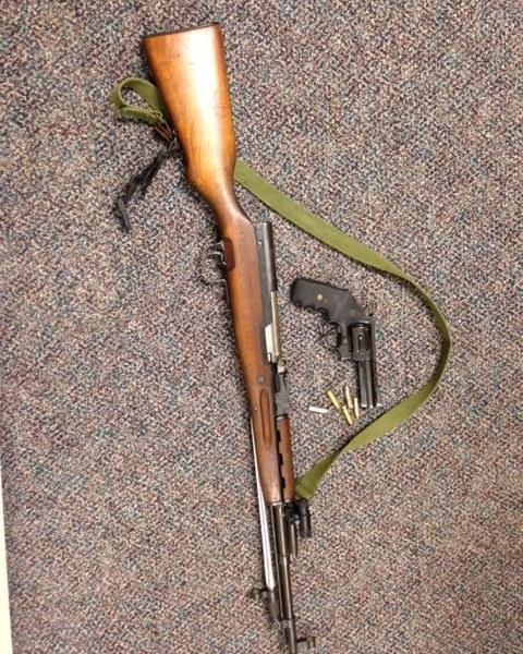 Armstrong Guns_126756