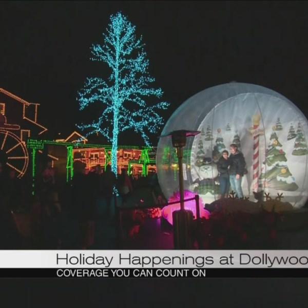 Holidays at Dollywood_135879
