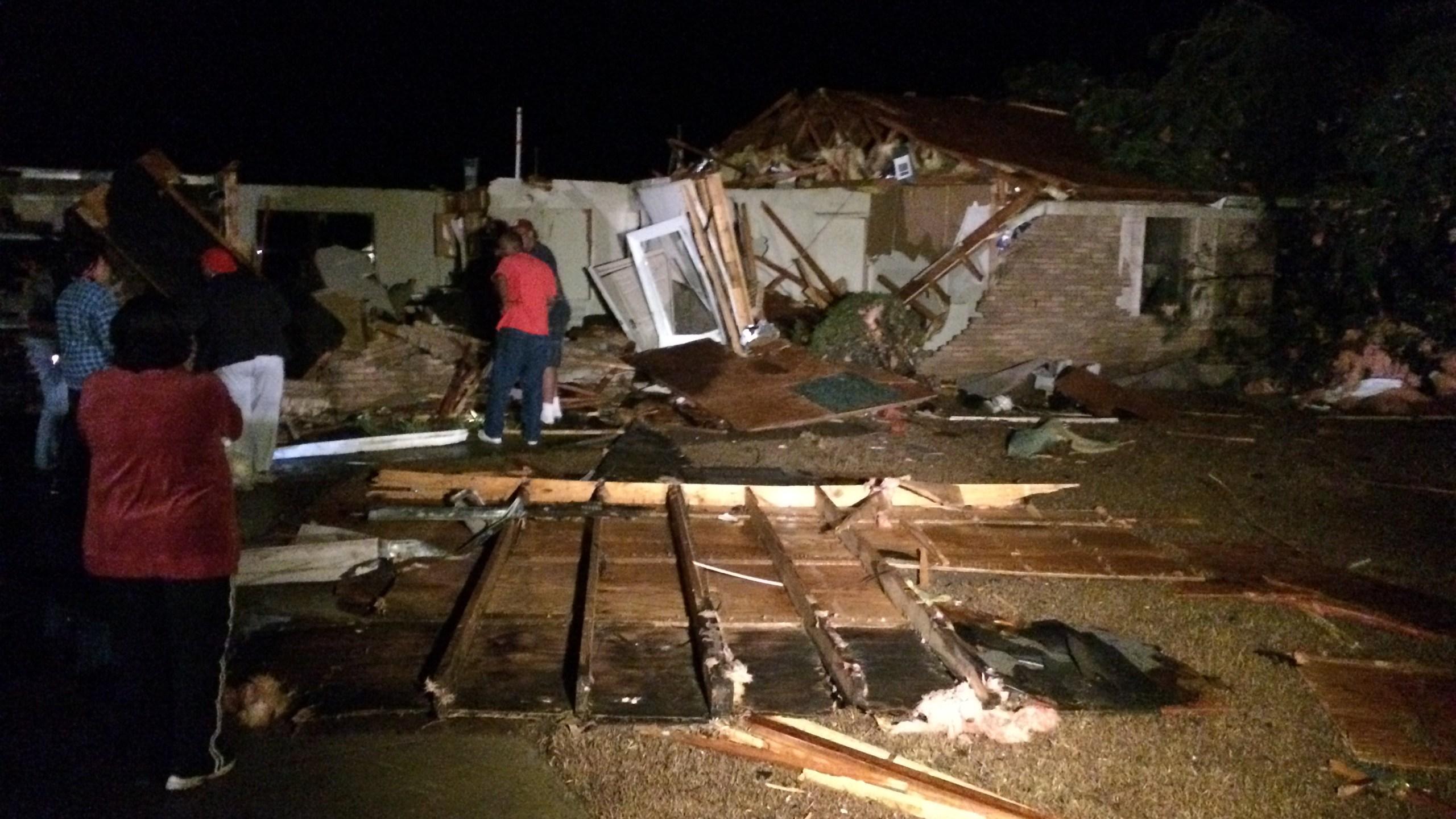 Aliceville tornado damage_149764