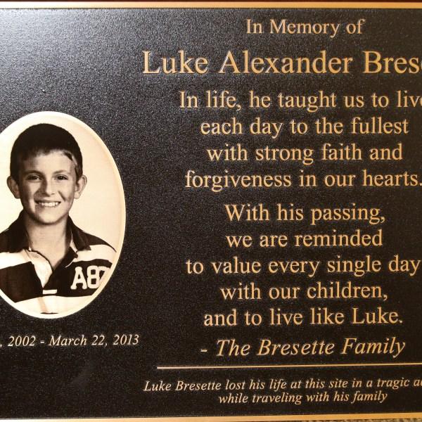 Luke Bresette Memorial plaque1_149680