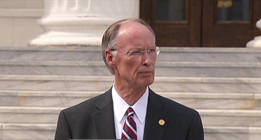 Governor Bentley_140456