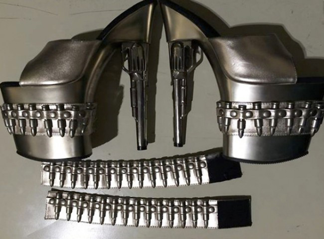 GunShoes_156551