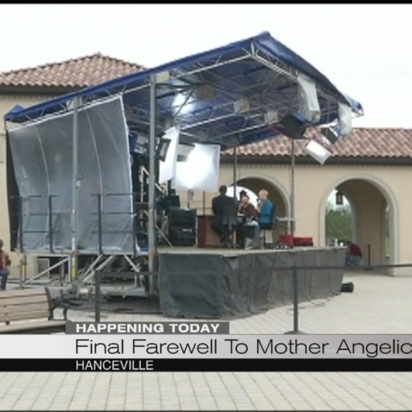 Mother Angelica final farewell_163512