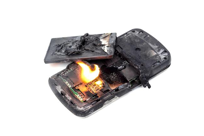 burned-phone_170593