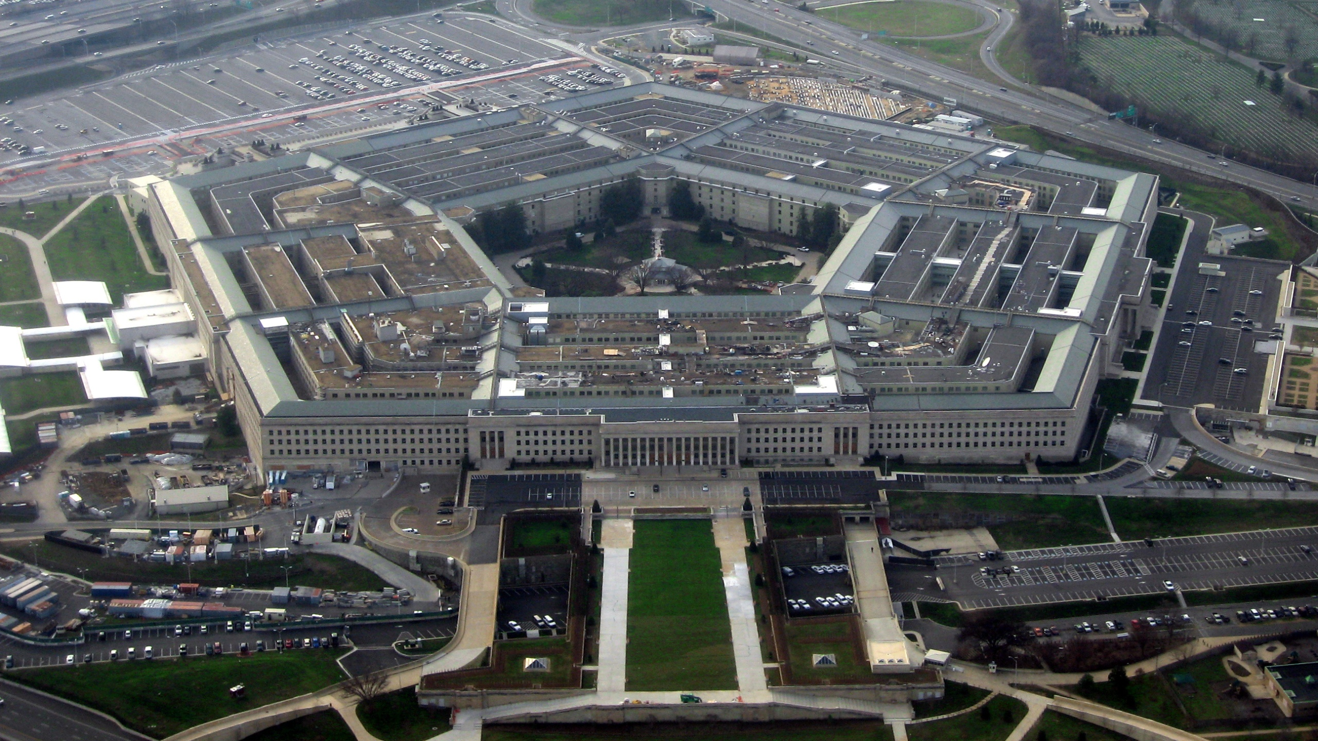 The_Pentagon_January_2008_118929