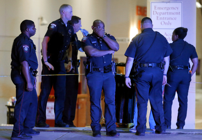 Five officers killed in Dallas_180818