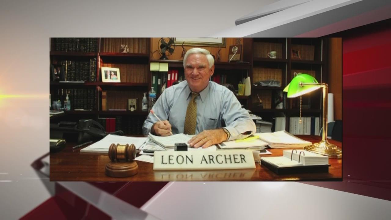 alabama judge leon archer suspended sexual messages_185740