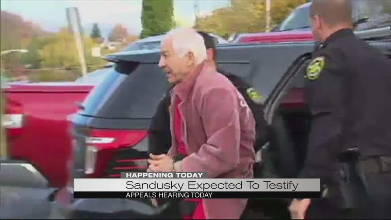 Sandusky expected to testify_187107
