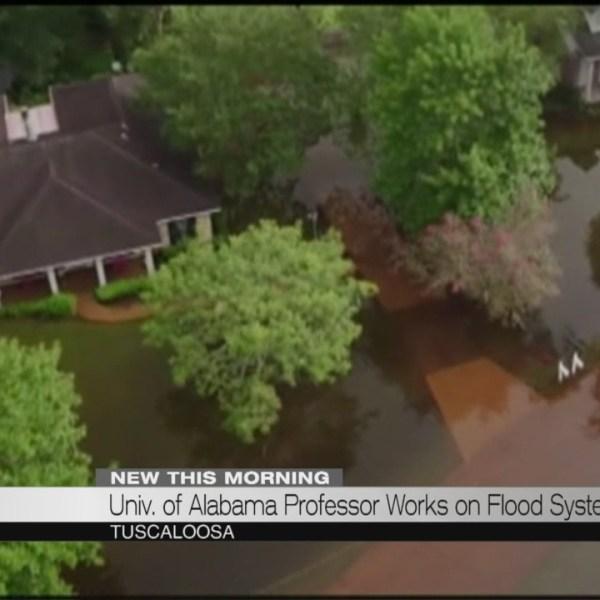 Univ of Alabama professor works on flood system_189719