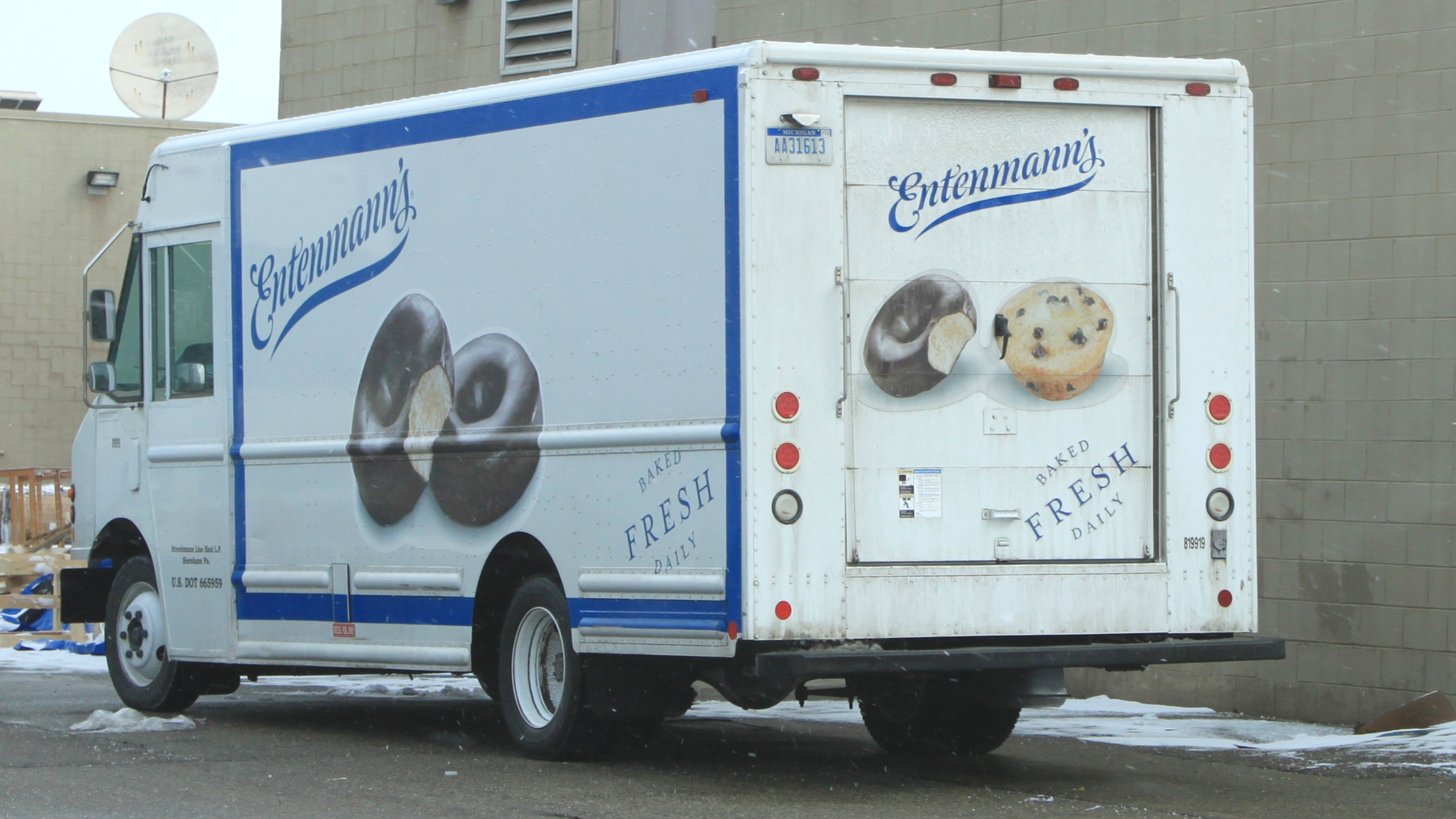 Entenmann's_Delivery_Truck_Ypsilanti_Michigan_190868
