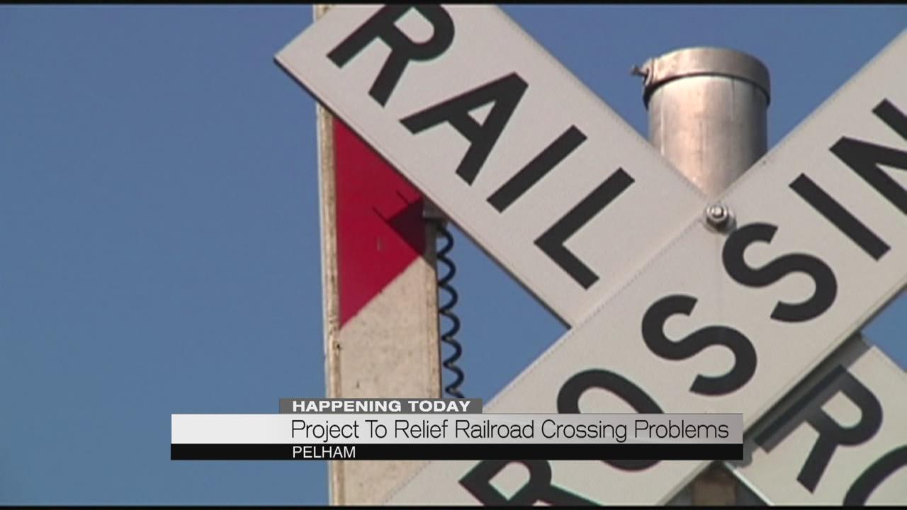 Pelham railroad crossing problems_191723