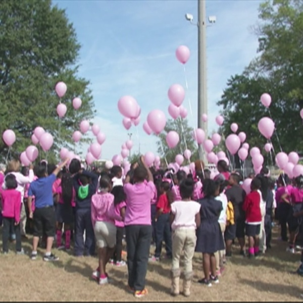 balloon-release-for-breast-cancer_199376