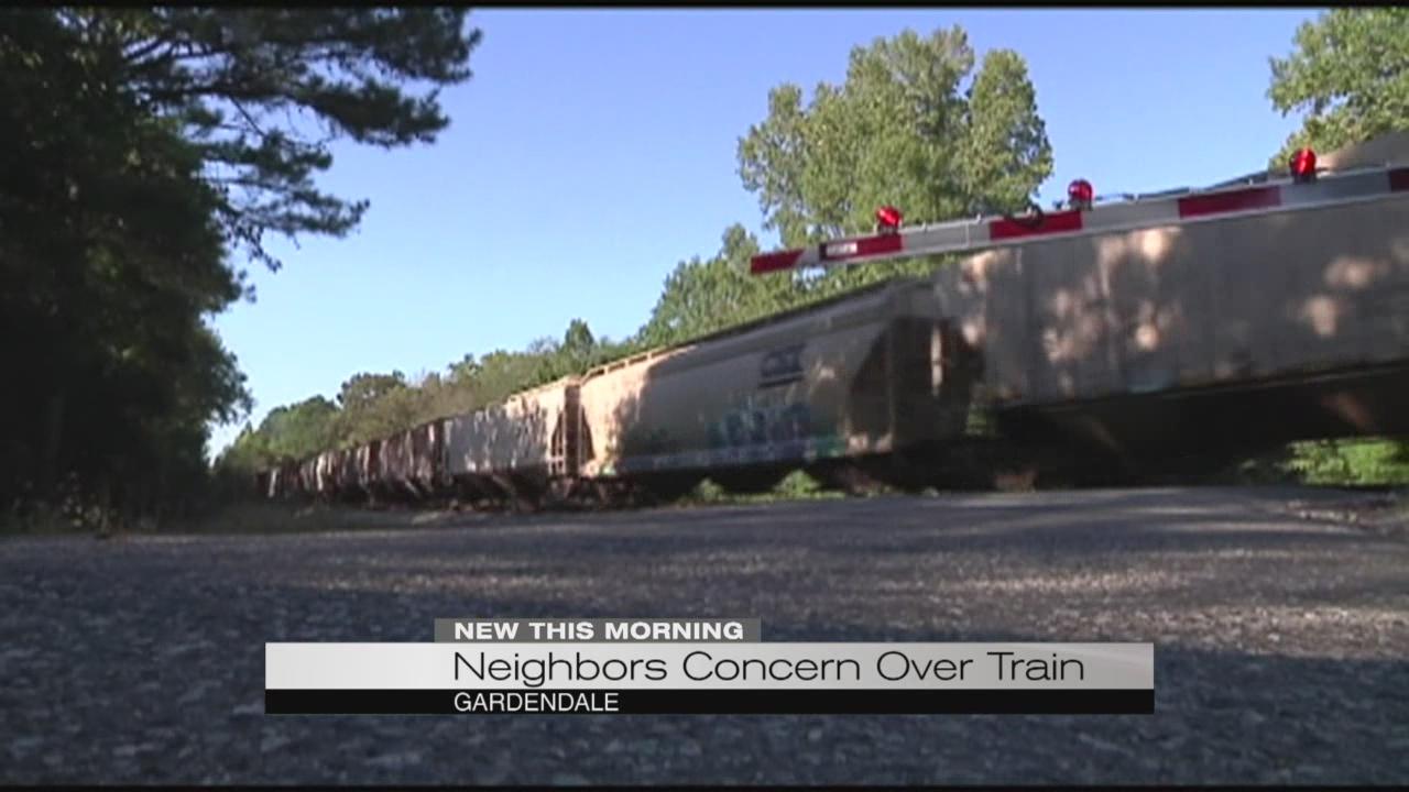 neighbors-concern-over-train_197327