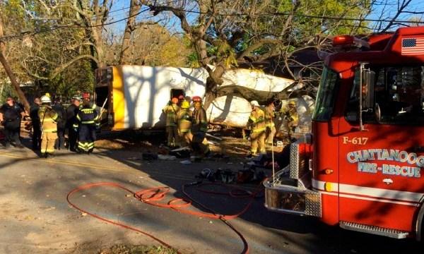 APTOPIX Chattanooga Bus Crash_206940
