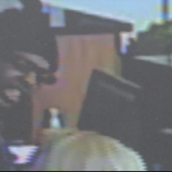 servis bank robbery video suspect_216159