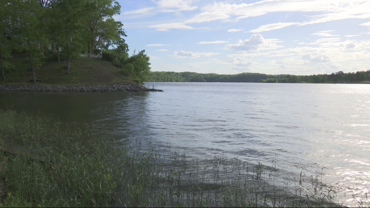 Bodies found in Northport lake
