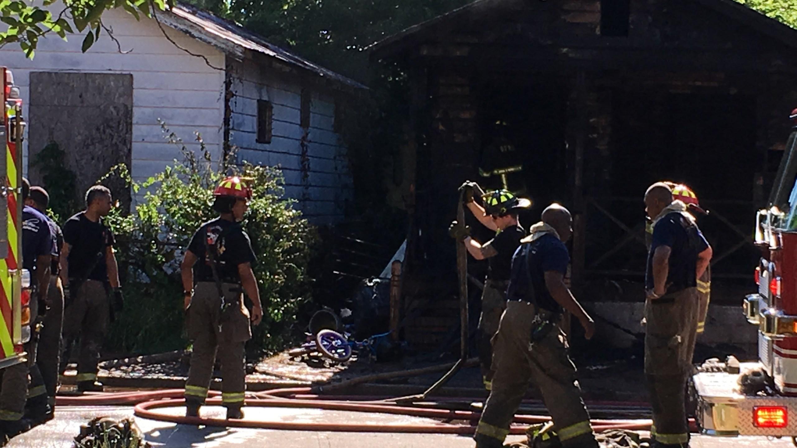 Kappa Ave house fire 2_271876