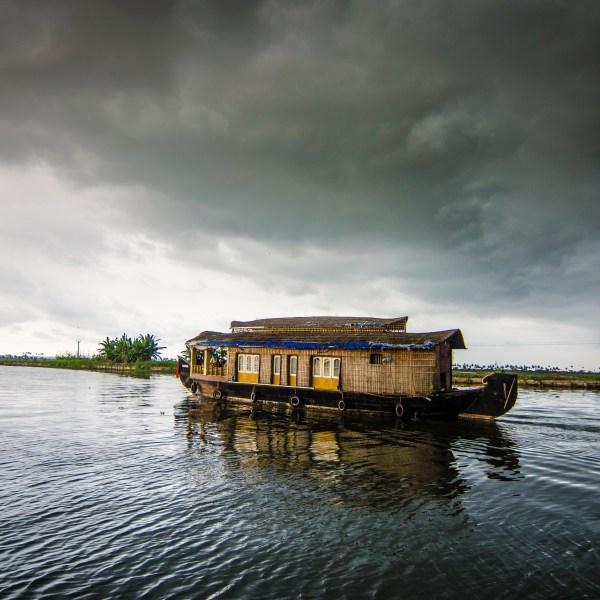 houseboat_270631