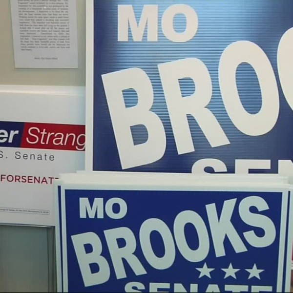 Alabama Senate Mo Brooks Luther Strange_290457