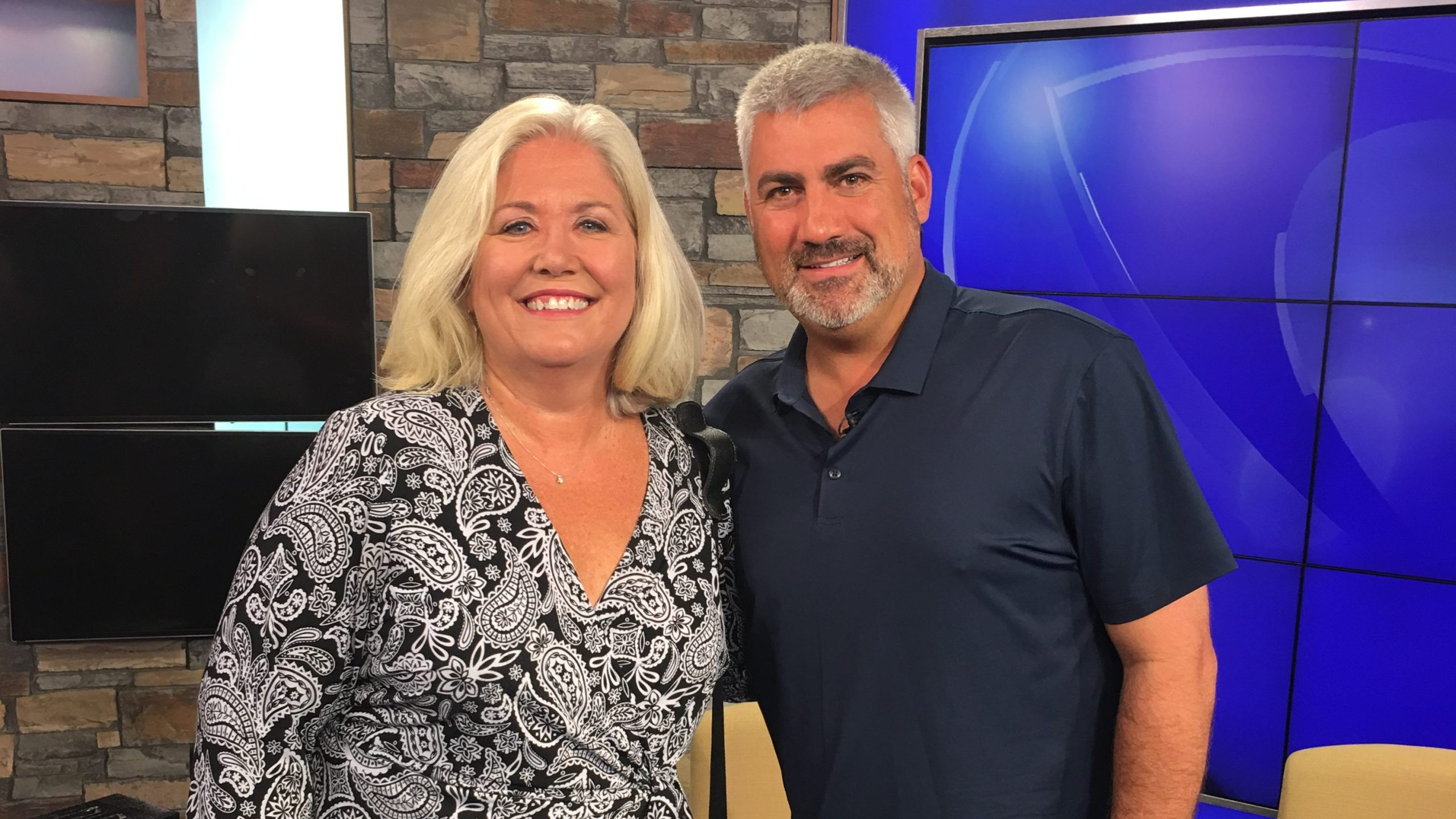 Taylor Hicks and Sue Johnson_297529