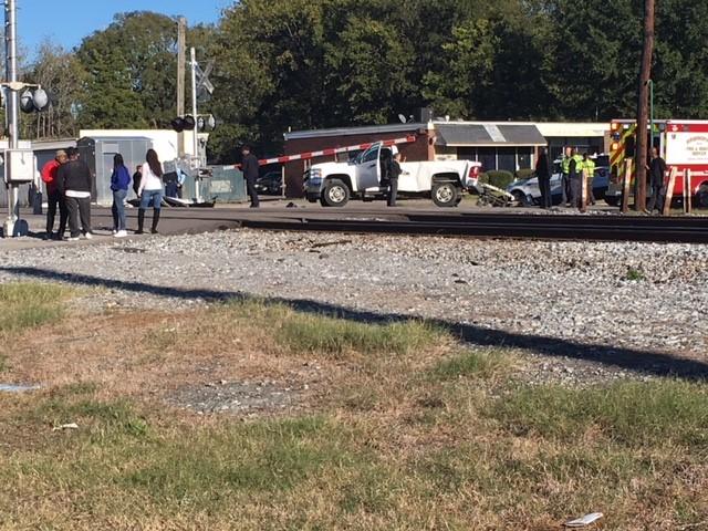 Train vs vehicle Jefferson Avenue 15th Way Southwest_330717