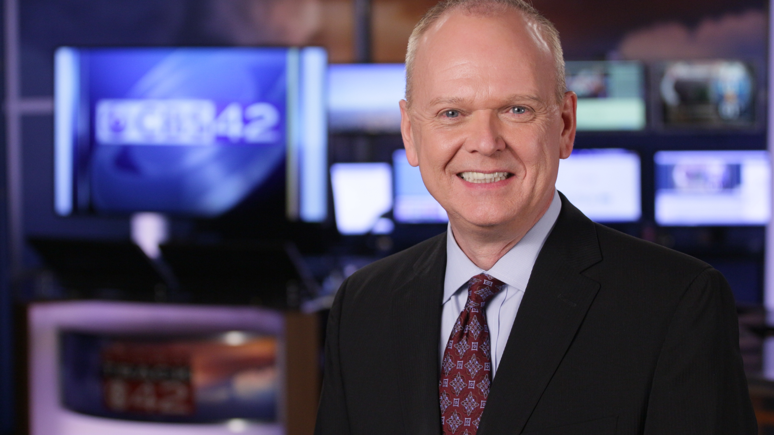 CBS 42's Jim Dunaway preparing for final show at anchor desk