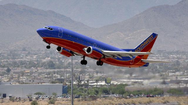 southwestplane_35348987_ver1.0_640_360_1528210865412_44523583_ver1.0_640_360_1535988515112.jpg