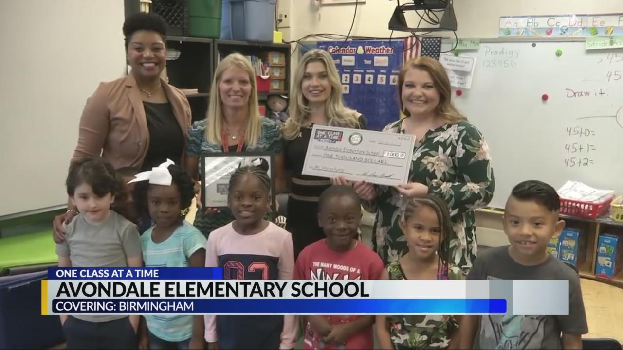 Avondale teacher receives $1000 grant