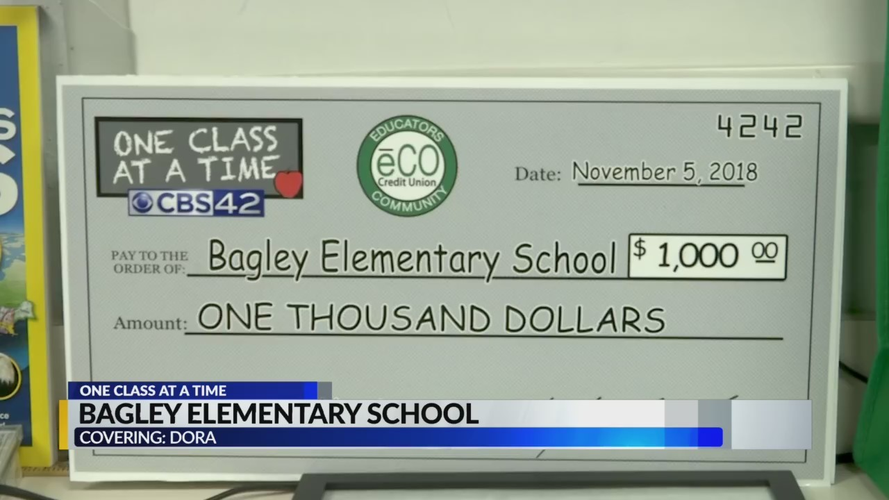 Bagley Elementary teacher gets $1,000 grant