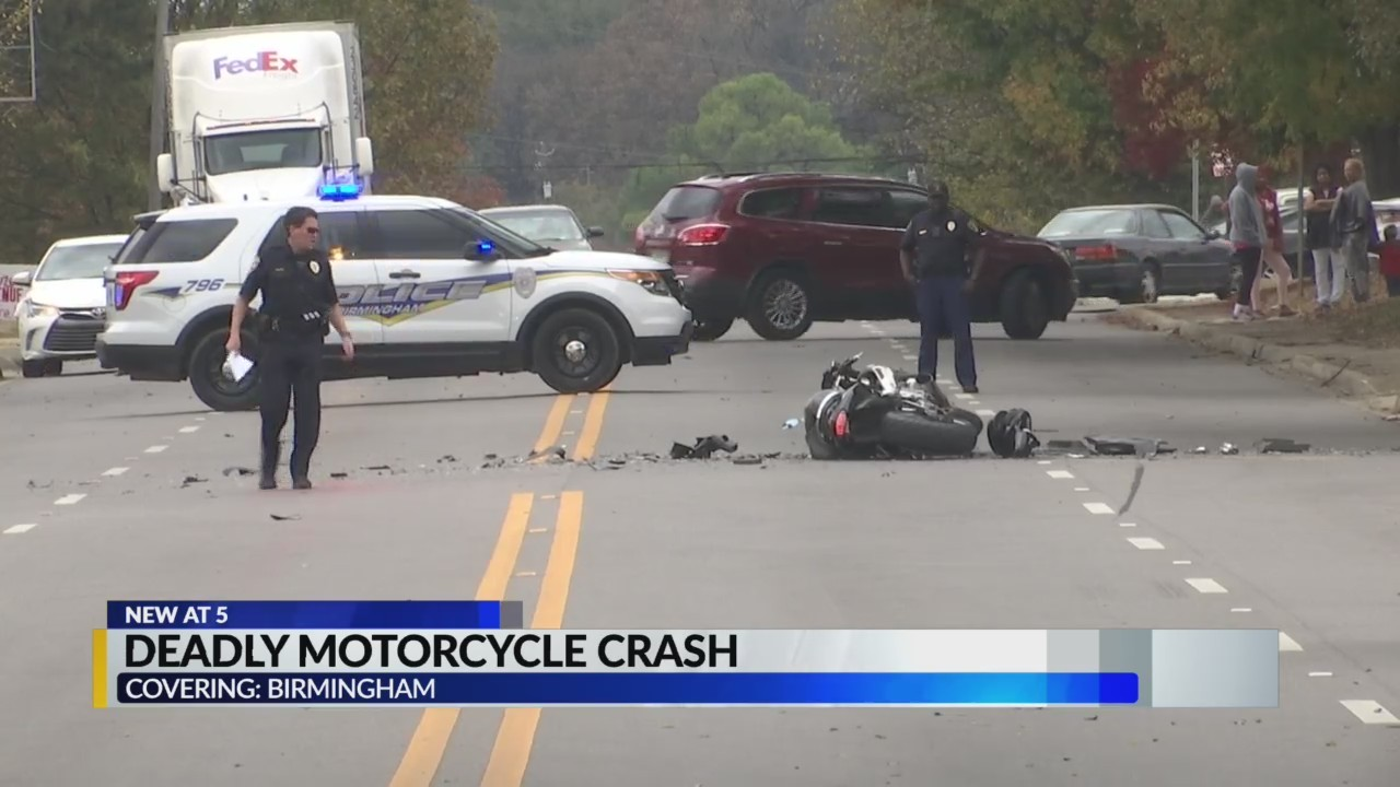 One person dead after fatal crash on Lomb Avenue in Birmingham