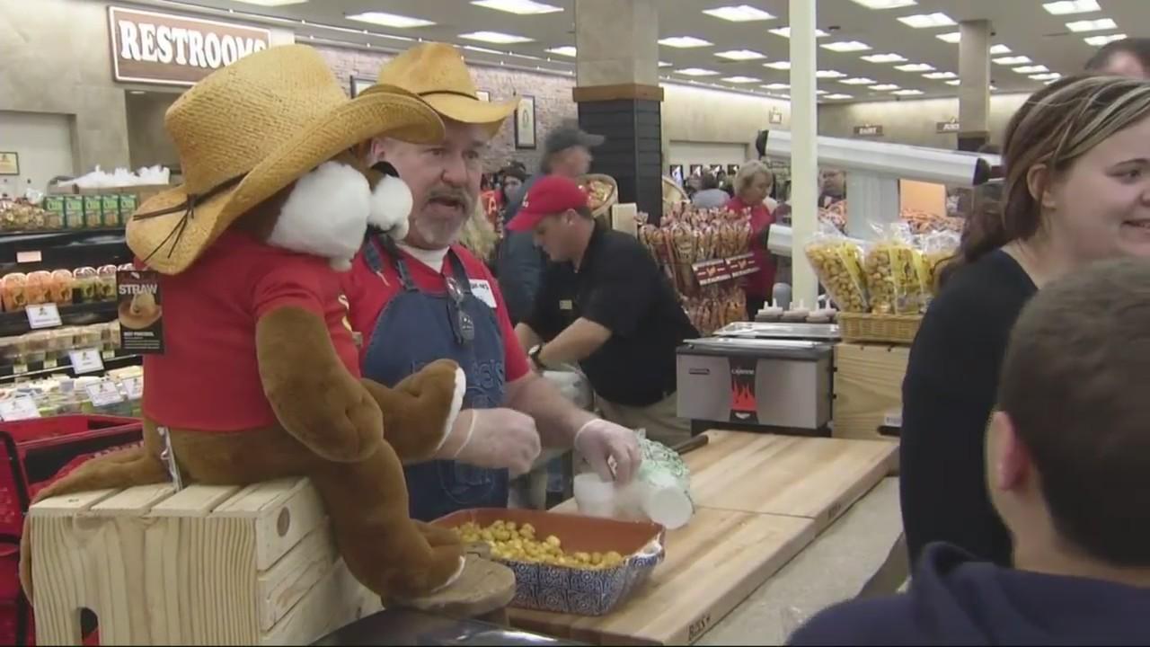 Buc-ee's gas station opens in Baldwin County