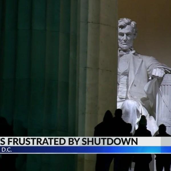 Tourists complain of partial government shutdown