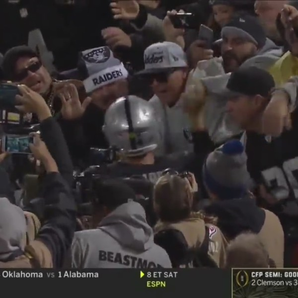 Reaction to Oakland Raiders Bid