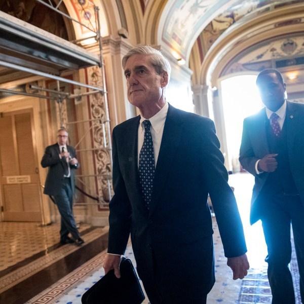 Trump_Russia_Probe_Mueller's_Year_87180-159532.jpg32252871