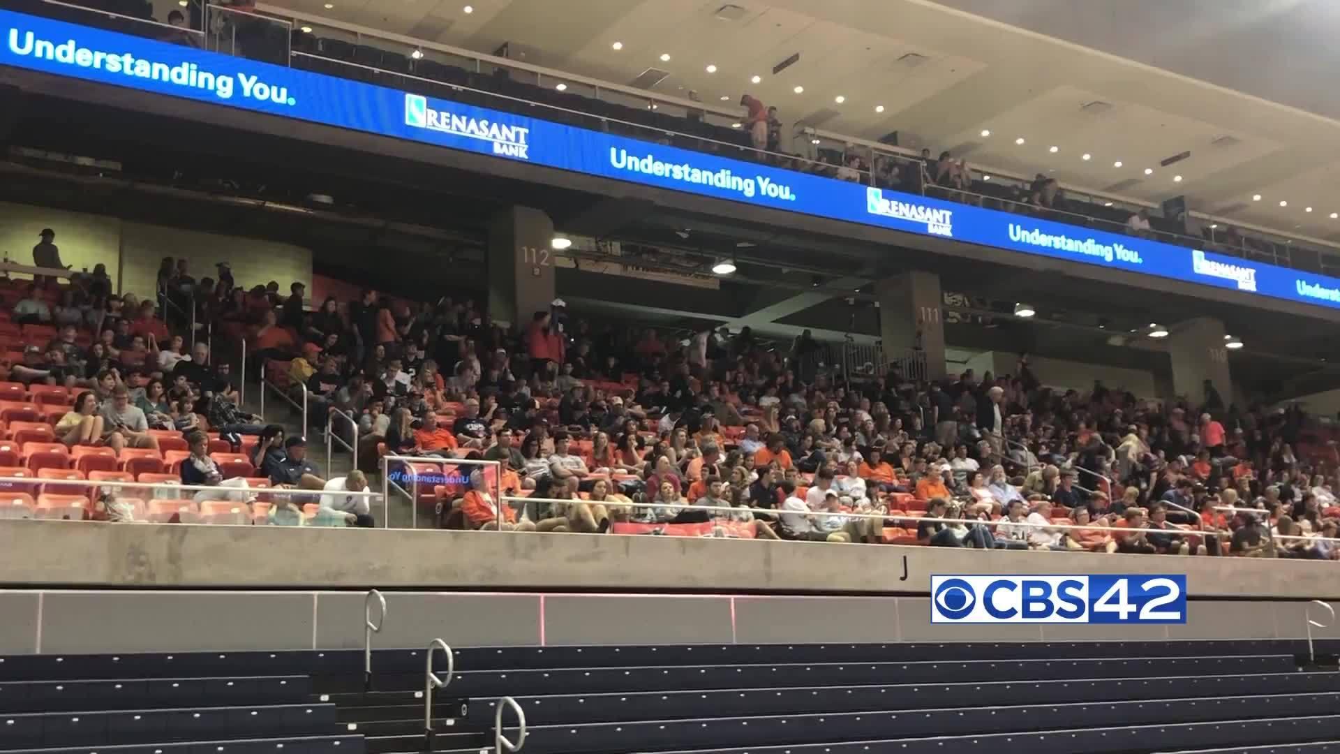 Fans at Auburn Arena