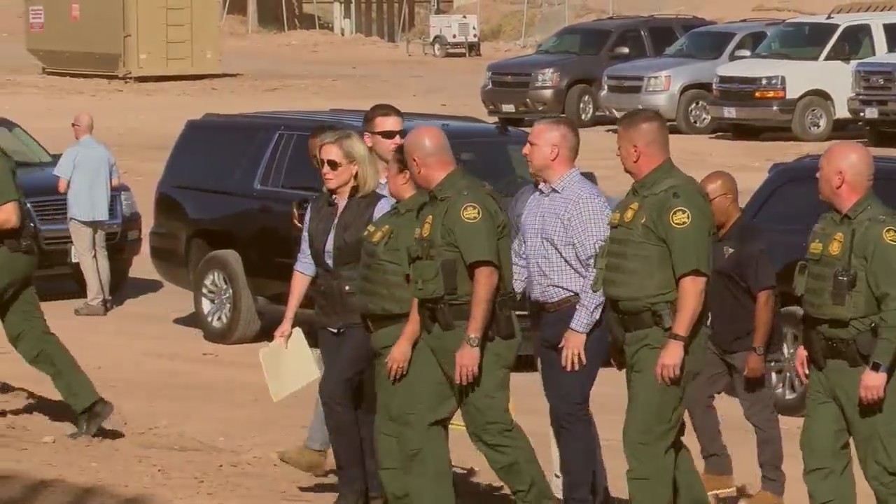 Sec.Nielsen visits the U.S.-Mexico border