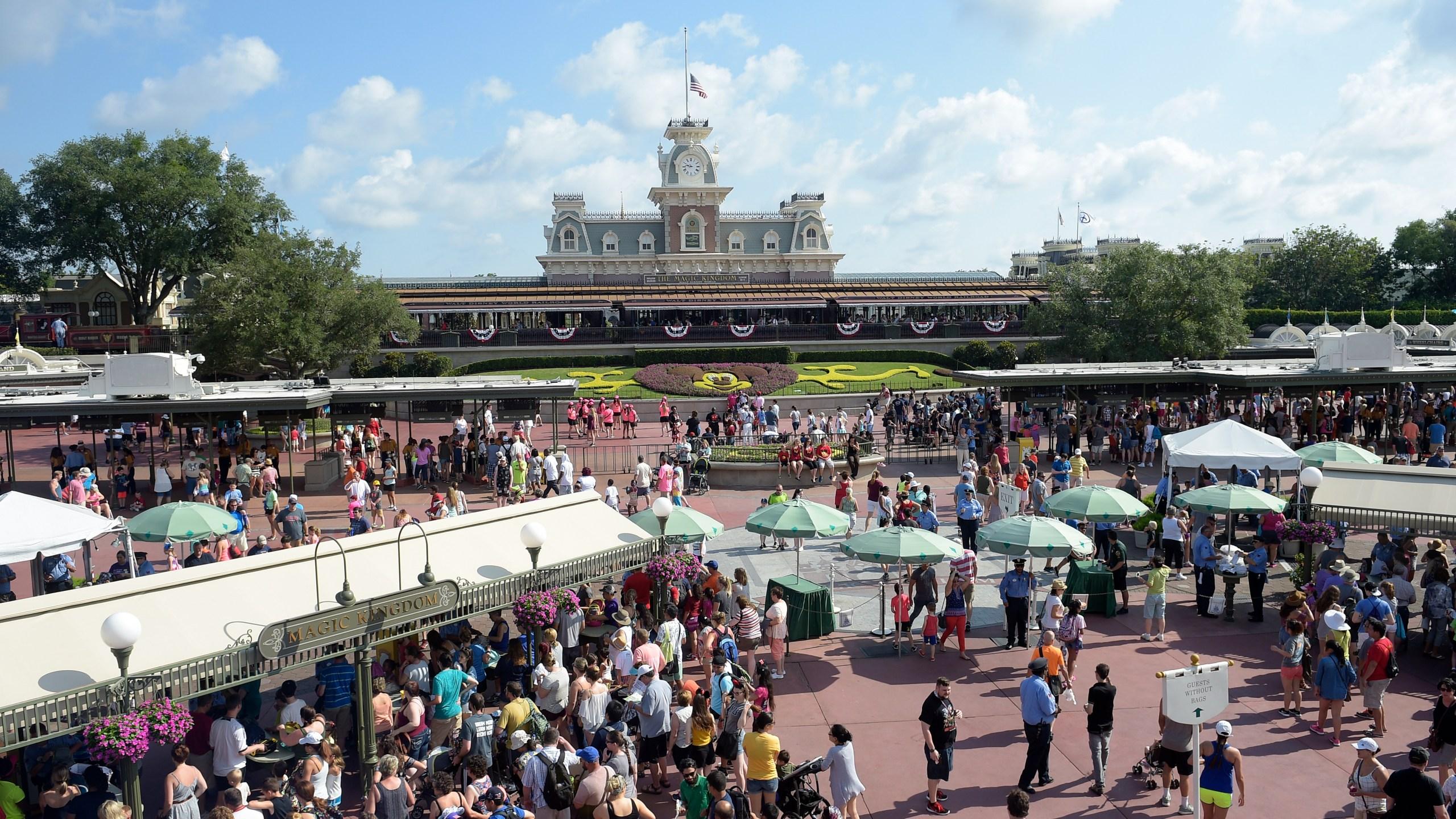 Disney_Tuition_44180-159532.jpg61491765