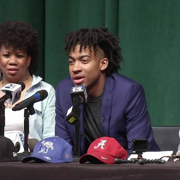 Trendon Watford commits to LSU