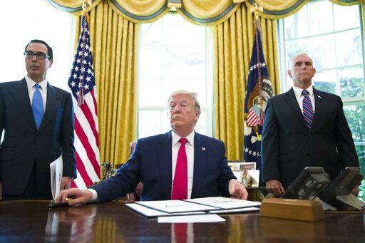 Donald Trump, Steve Mnuchin, Mike Pence