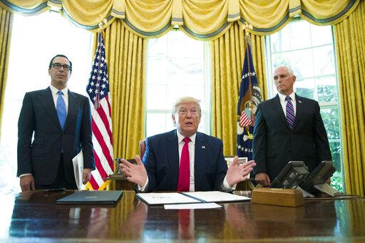 Donald Trump, Steve Mnuchin, Mike Pence.