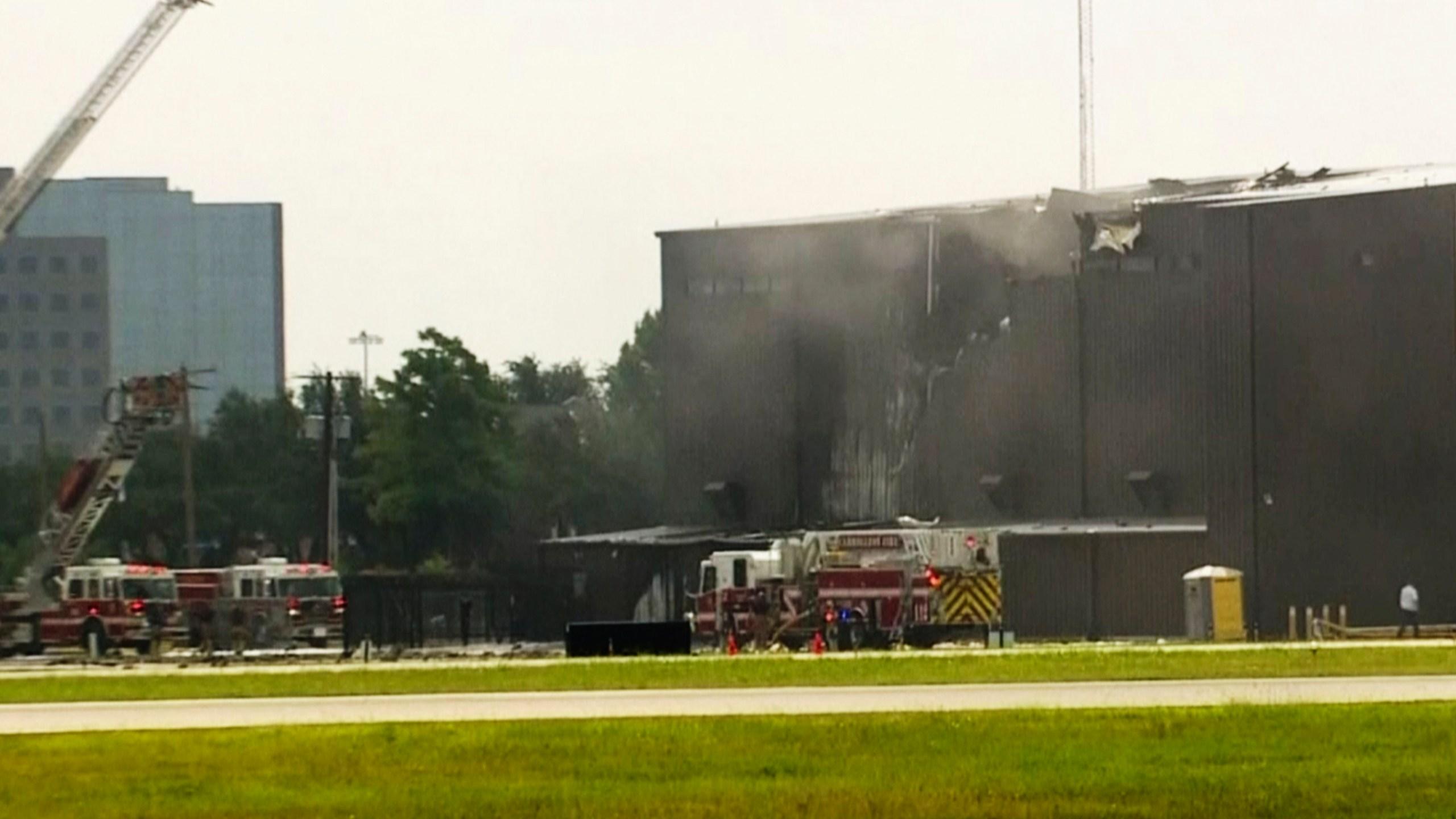 2 crew, 8 passengers killed in Texas plane crash   WIAT