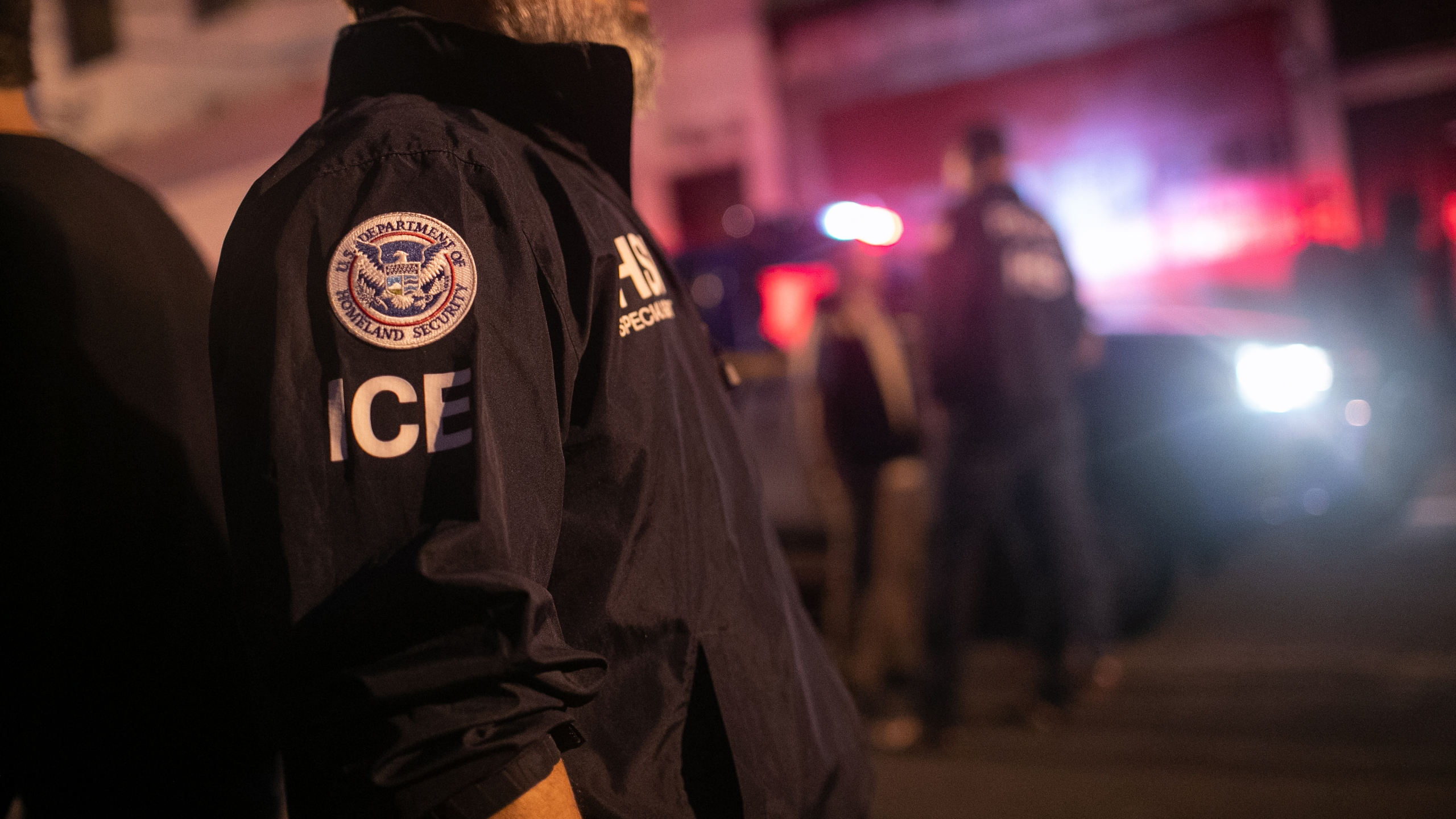 Mississippi immigration raids net 680 arrests | WIAT