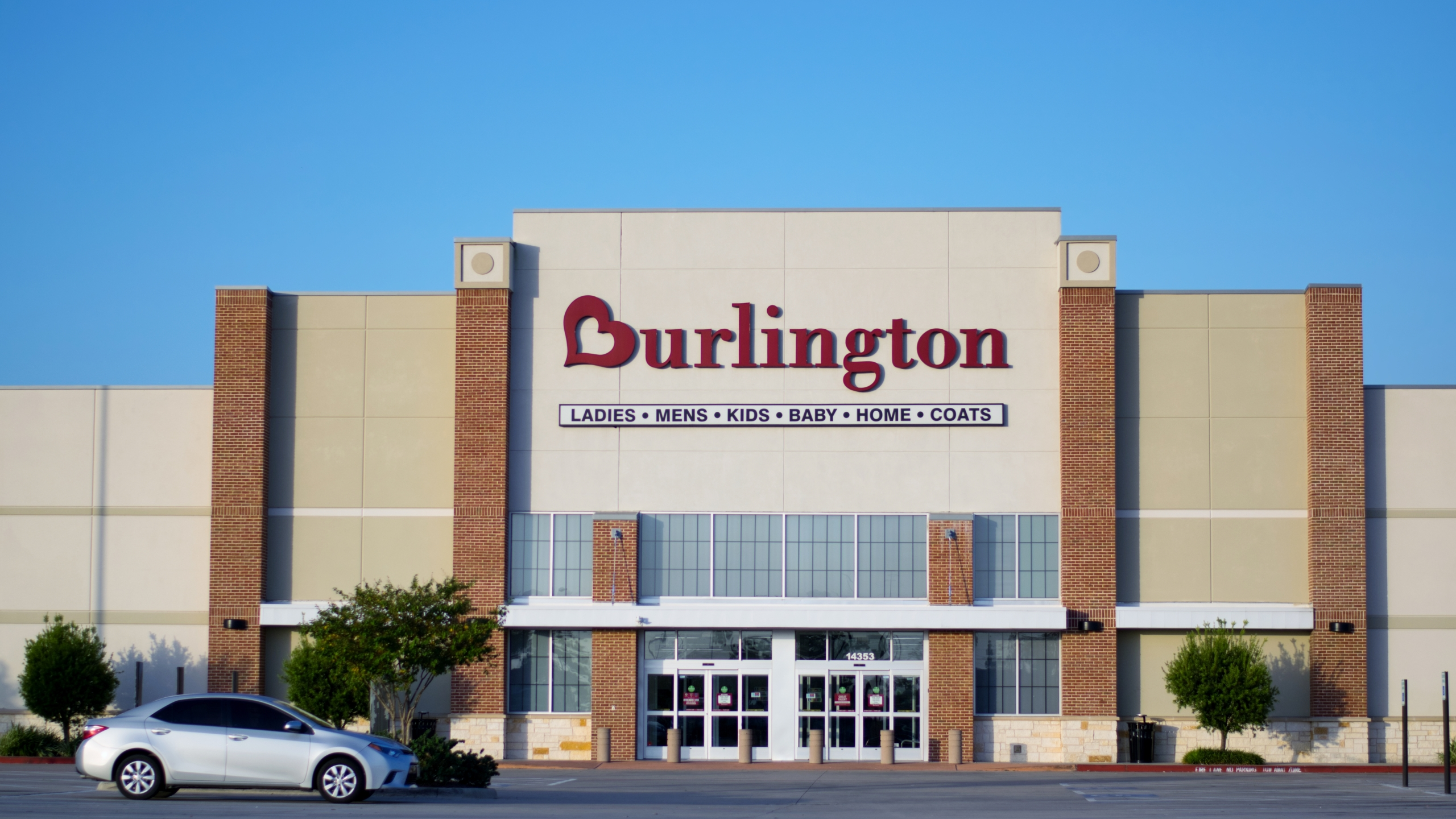Burlington Promotes First Ever 50 Percent Off Sale Amid Re Opening Birmingham Stores May 15 Cbs 42