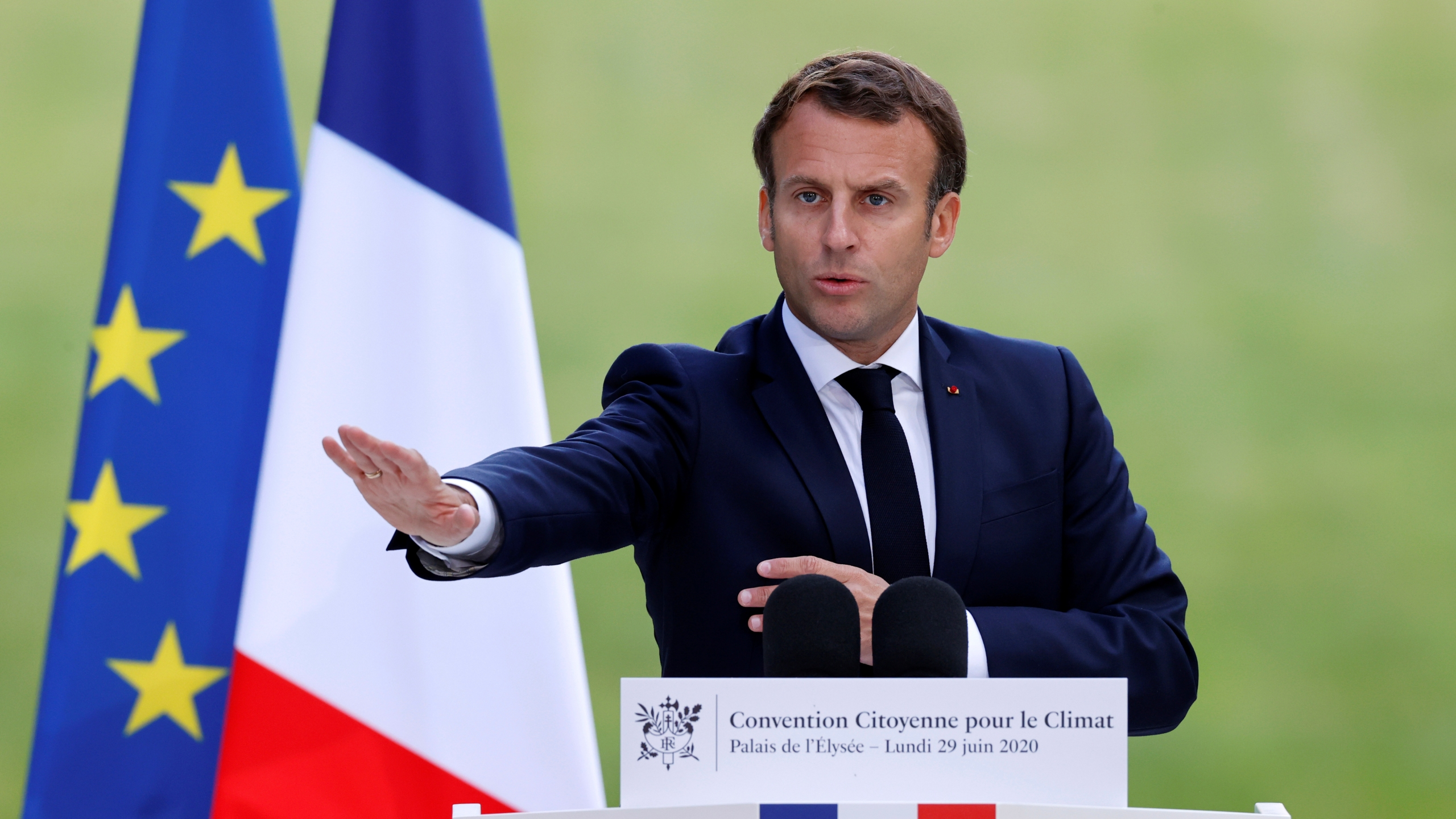 French President Emmanuel Macron meets French citizens' council over environment proposals in Paris
