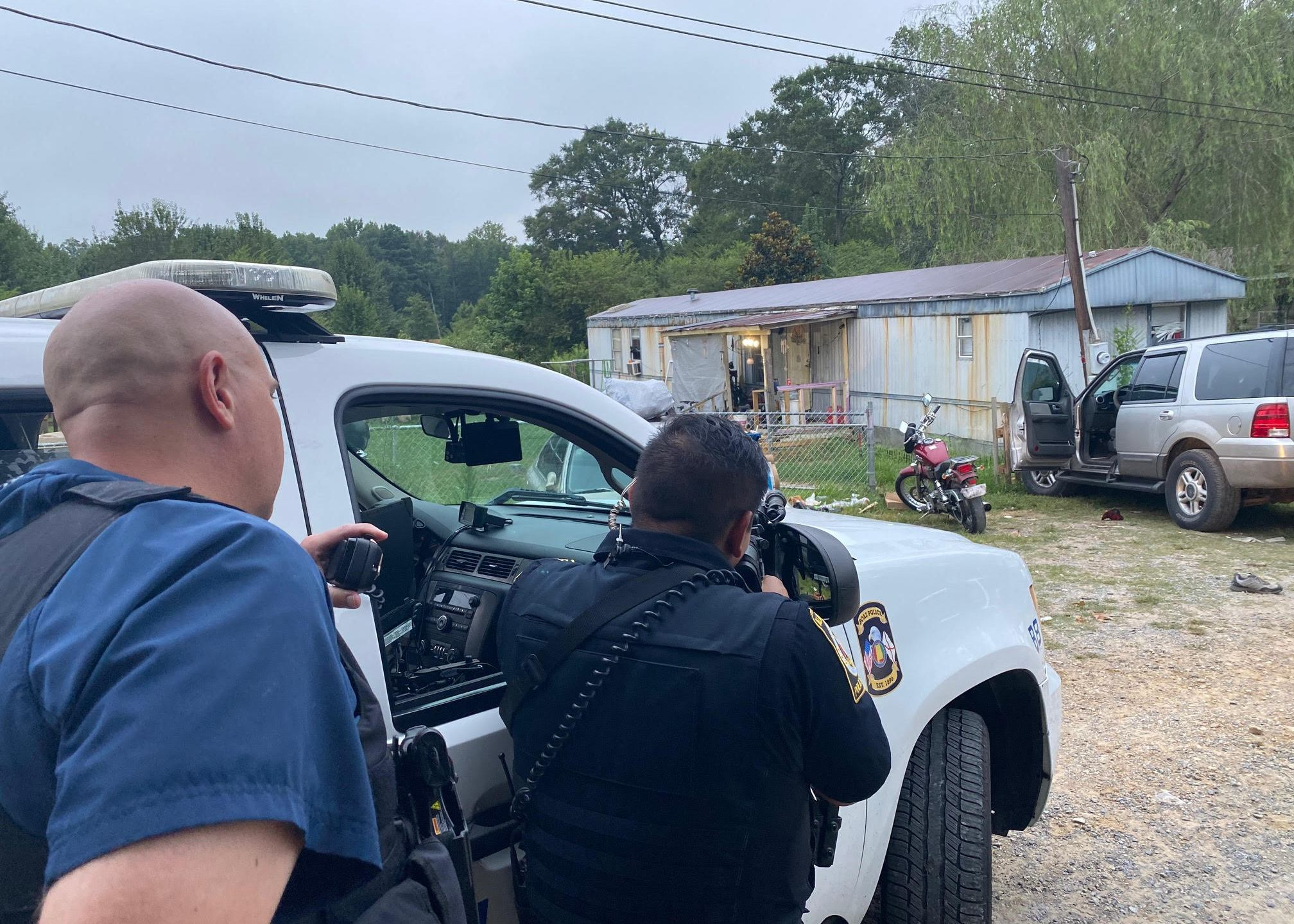 Swat Team Uses Cigarettes To Lure Suspect Out During 5 Hour